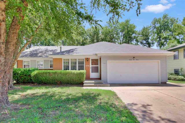 707 E Park Ln, Derby, KS 67037 (MLS #554868) :: On The Move