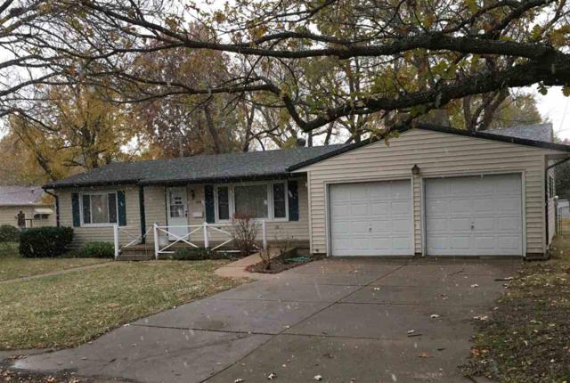 1219 W 8TH ST, Newton, KS 67114 (MLS #559234) :: Select Homes - Team Real Estate