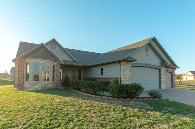8843 N Red Cedar Ln, Park City, KS 67147 (MLS #559730) :: Select Homes - Team Real Estate