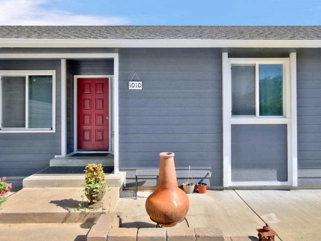 1010 E Williamsburg Rd, Andover, KS 67002 (MLS #569244) :: On The Move