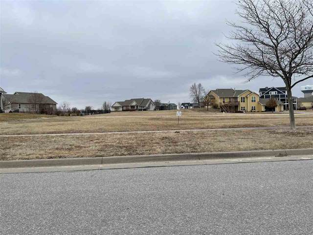 6526 E Central Park Ave, Bel Aire, KS 67226 (MLS #573708) :: Kirk Short's Wichita Home Team