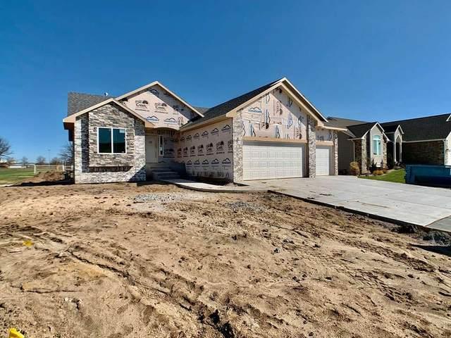 1108 Park Glen St, Clearwater, KS 67026 (MLS #579174) :: Keller Williams Hometown Partners