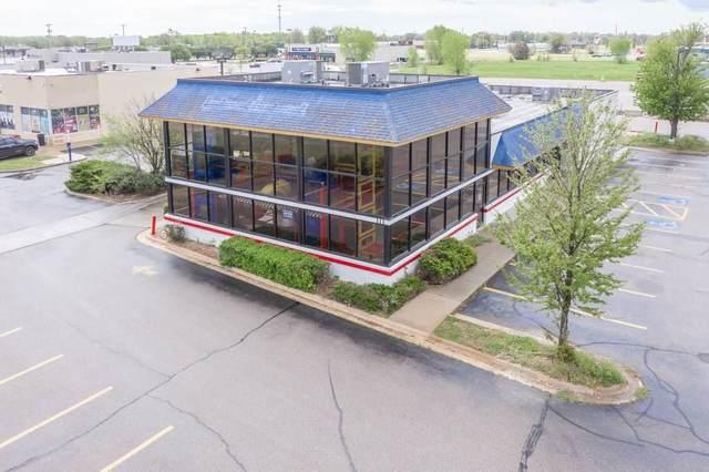 111 E 47th St S, Wichita, KS 67216 (MLS #580256) :: Keller Williams Hometown Partners