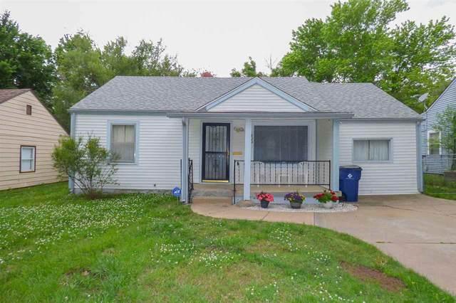 825 S Pinecrest Ave, Wichita, KS 67218 (MLS #581413) :: Lange Real Estate