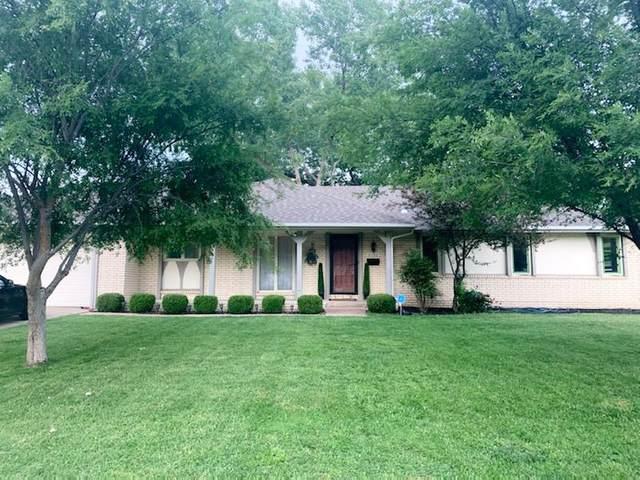 2122 N Edgemoor St, Wichita, KS 67208 (MLS #581643) :: Keller Williams Hometown Partners
