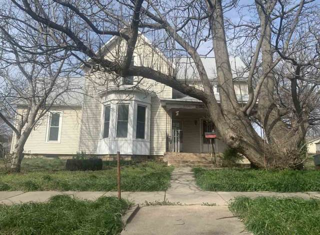 124 N Poplar St, Wellington, KS 67152 (MLS #582580) :: On The Move