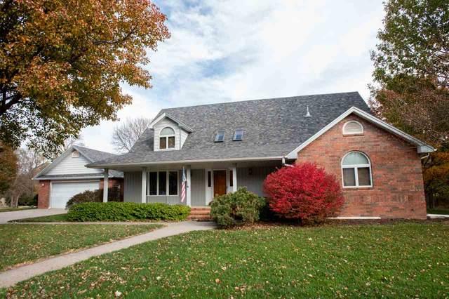 310 S Schmidt Ave, Moundridge, KS 67107 (MLS #585828) :: Pinnacle Realty Group