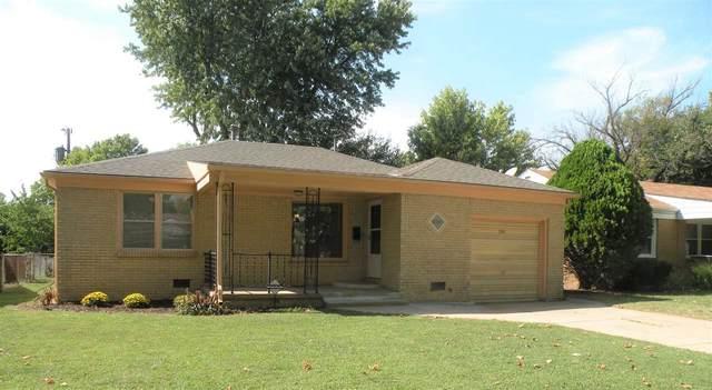 2367 S Chautauqua Ave, Wichita, KS 67211 (MLS #587277) :: Keller Williams Hometown Partners