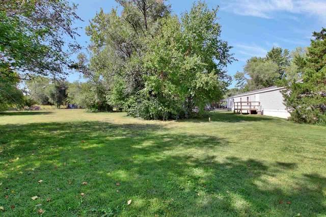 209 E Nicole St, Haysville, KS 67060 (MLS #587372) :: Pinnacle Realty Group
