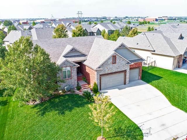 3350 N Brush Creek Ct, Wichita, KS 67205 (MLS #587432) :: Jamey & Liz Blubaugh Realtors