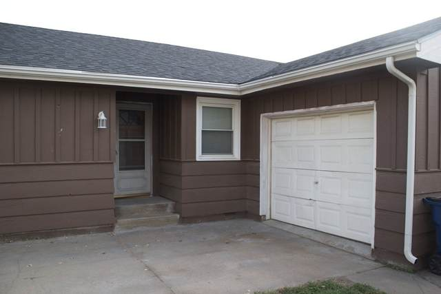 107 N Washington Ave, Sedgwick, KS 67135 (MLS #587542) :: Kirk Short's Wichita Home Team