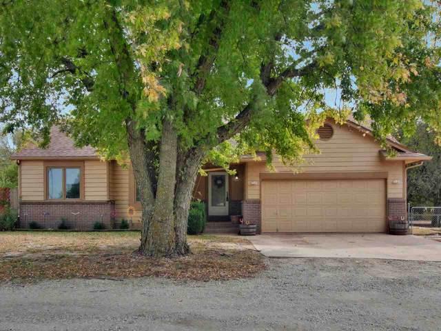 1149 E 110th Ave N, Belle Plaine, KS 67013 (MLS #587808) :: Kirk Short's Wichita Home Team