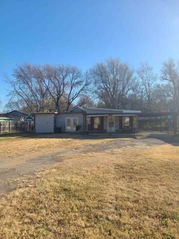 3510 N Fairview Ave, Wichita, KS 67204 (MLS #589337) :: Kirk Short's Wichita Home Team