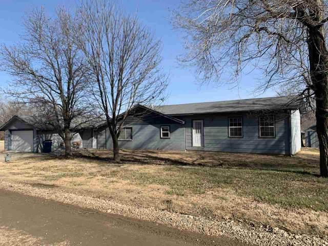21138 Hoover Ave, Winfield, KS 67156 (MLS #590253) :: Pinnacle Realty Group
