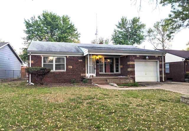 3717 E Funston St, Wichita, KS 67218 (MLS #595599) :: The Boulevard Group