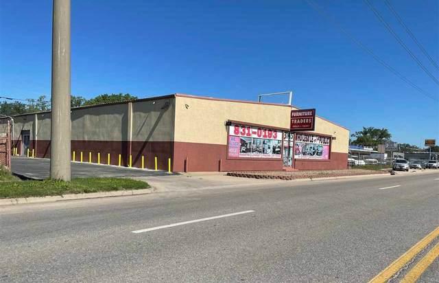 3145 N Broadway Ave, Wichita, KS 67219 (MLS #597204) :: COSH Real Estate Services
