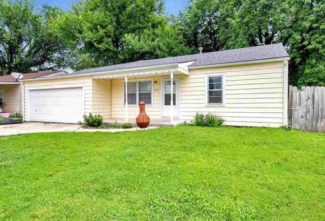 242 N Maynard Ave, Haysville, KS 67060 (MLS #598588) :: COSH Real Estate Services