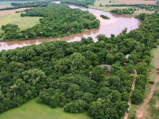 766 N River Rd, Belle Plaine, KS 67013 (MLS #598718) :: Graham Realtors