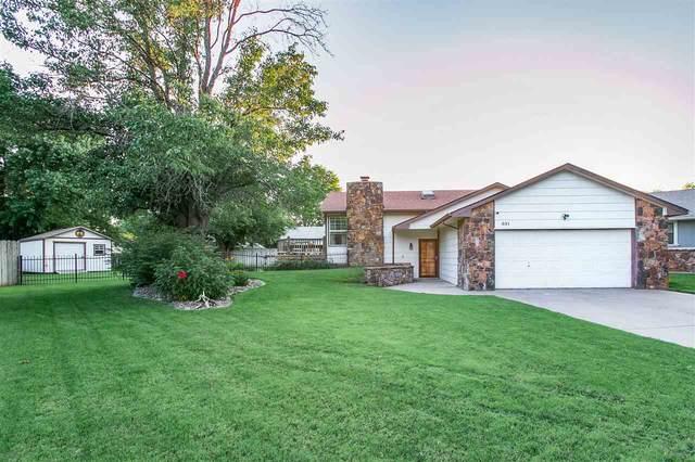 331 N Shefford Ct, Wichita, KS 67212 (MLS #599247) :: The Boulevard Group