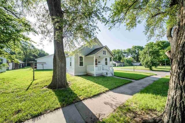 620 Old Main Street, Newton, KS 67114 (MLS #599432) :: COSH Real Estate Services