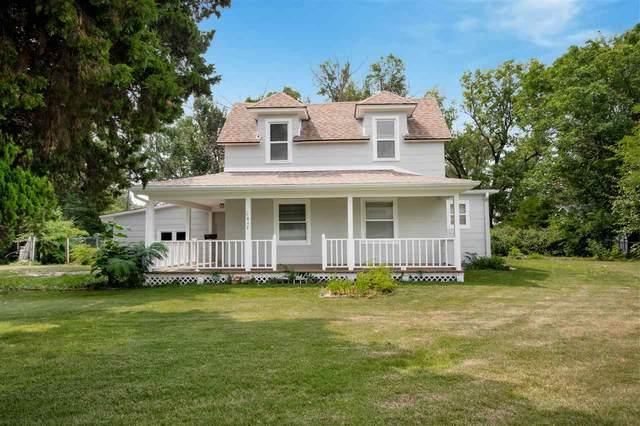 617 W Towanda Ave, El Dorado, KS 67042 (MLS #599574) :: COSH Real Estate Services
