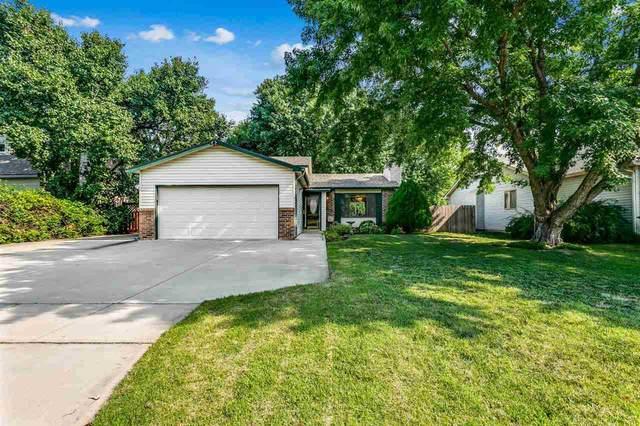 2125 S Lark Ct, Wichita, KS 67209 (MLS #600084) :: Kirk Short's Wichita Home Team