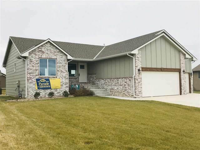 924 N Oak Ridge Ave, Goddard, KS 67052 (MLS #562053) :: Kirk Short's Wichita Home Team