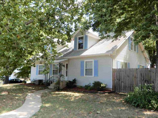 302 Park, Winfield, KS 67156 (MLS #583273) :: On The Move