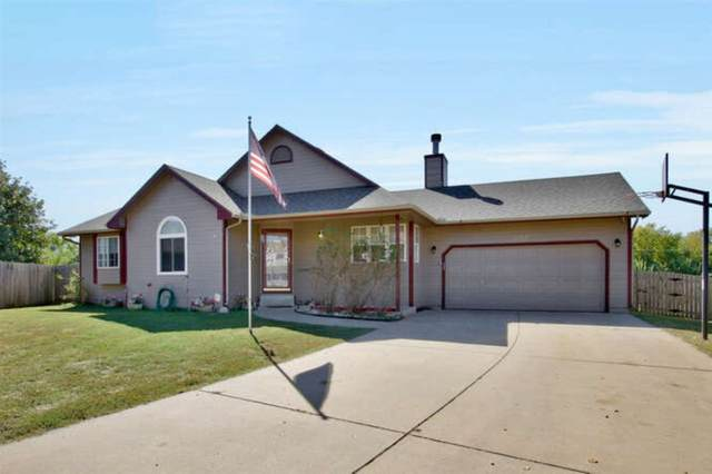 2523 E Elk Run Ct, Park City, KS 67219 (MLS #586970) :: Keller Williams Hometown Partners