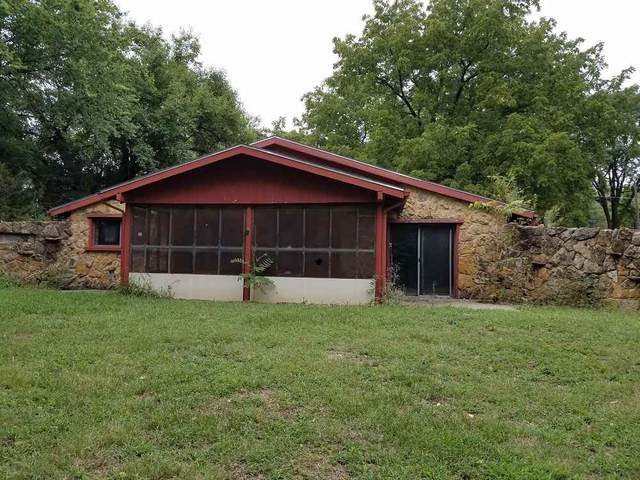 411 E 6th, Peabody, KS 66866 (MLS #587773) :: Graham Realtors