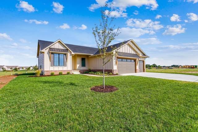 3140 N Pine Grove Cir, Wichita, KS 67205 (MLS #593547) :: Graham Realtors
