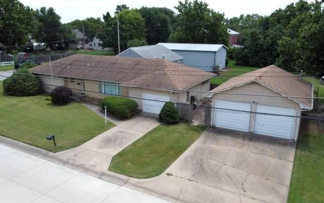 820 E 9TH ST, Wellington, KS 67152 (MLS #599895) :: Kirk Short's Wichita Home Team