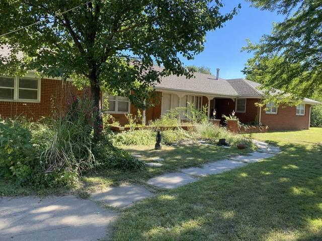 4800 N Armstrong St, Wichita, KS 67204 (MLS #602140) :: Graham Realtors