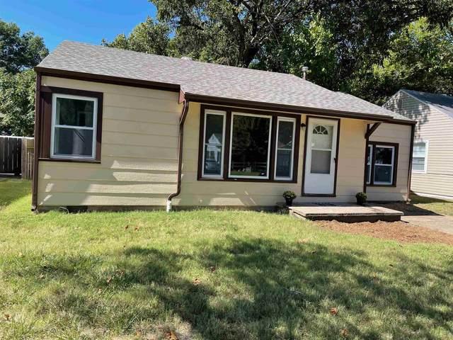 1519 N Old Manor Rd, Wichita, KS 67208 (MLS #602877) :: Kirk Short's Wichita Home Team