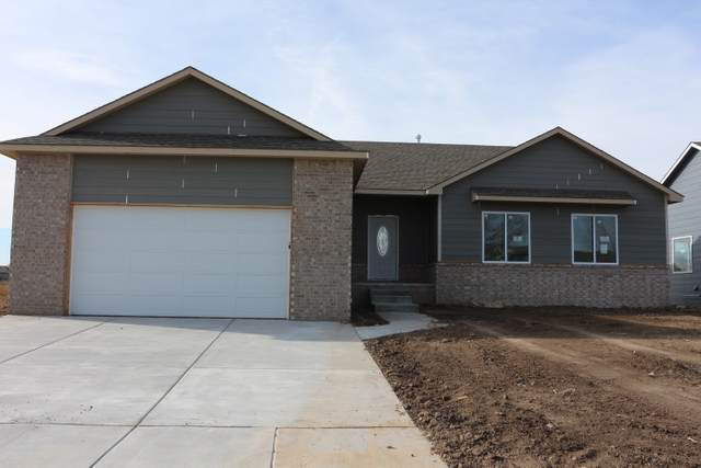 4929 S Saint Paul, Wichita, KS 67217 (MLS #587774) :: Jamey & Liz Blubaugh Realtors