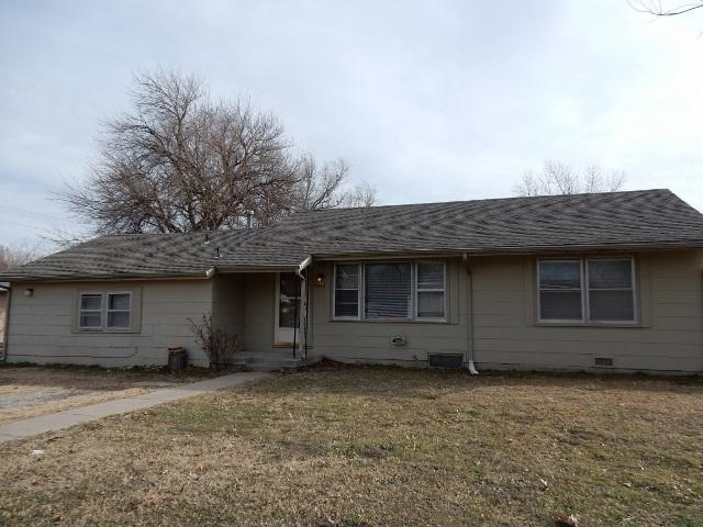 4542 S Laura St Wichita Ks 67216 Mls 529943 Select Homes Team Real Estate