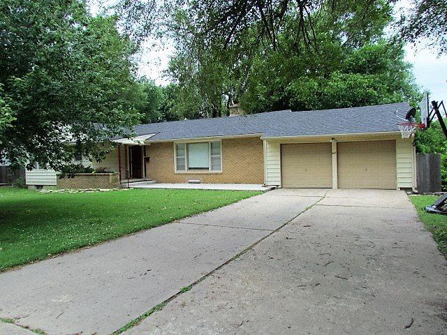 1617 N Washington Ln, Augusta, KS 67010 (MLS #537110) :: Select Homes - Team Real Estate