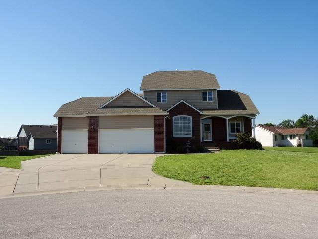 2229 S Stoneybrook Ct., Wichita, KS 67207 (MLS #537292) :: Katie Walton with RE/MAX Associates