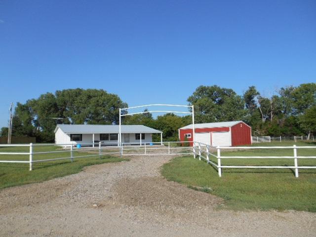 10150 SE Turkey Creek Rd, Leon, KS 67074 (MLS #538539) :: Glaves Realty