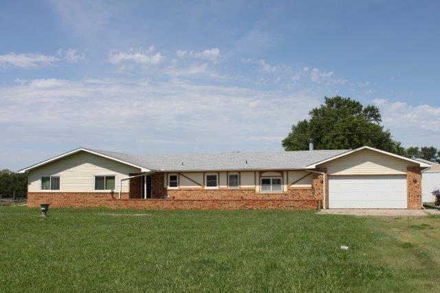 15775 SW Ponderosa Rd, Rose Hill, KS 67133 (MLS #539643) :: Better Homes and Gardens Real Estate Alliance