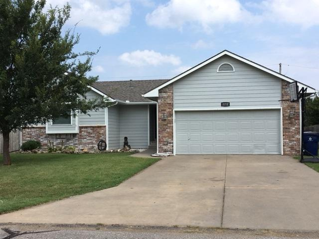 1132 N Burrows St, Belle Plaine, KS 67013 (MLS #539704) :: Select Homes - Team Real Estate
