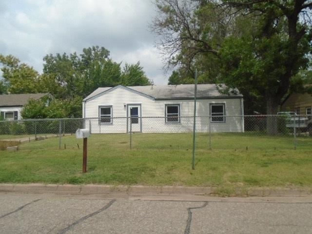 1336 E Evanston St., Park City, KS 67219 (MLS #539793) :: Better Homes and Gardens Real Estate Alliance