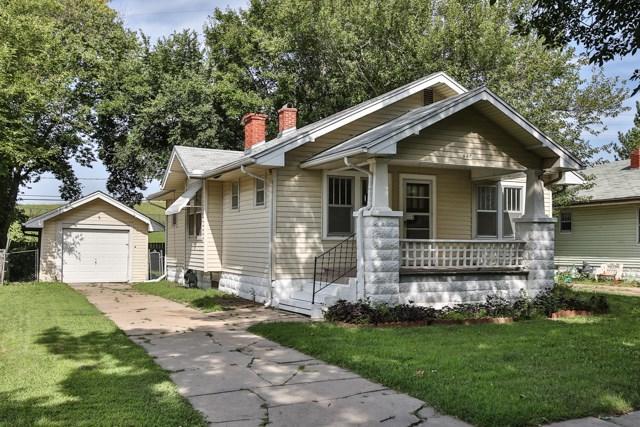 627 S Spruce, Wichita, KS 67211 (MLS #539959) :: Better Homes and Gardens Real Estate Alliance