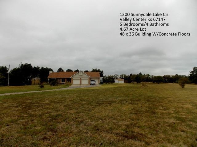 1300 E Sunnydale Lake Cir., Valley Center, KS 67147 (MLS #541540) :: Glaves Realty