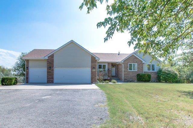 7439 S Fieldcrest Ct., Clearwater, KS 67026 (MLS #541841) :: Select Homes - Team Real Estate