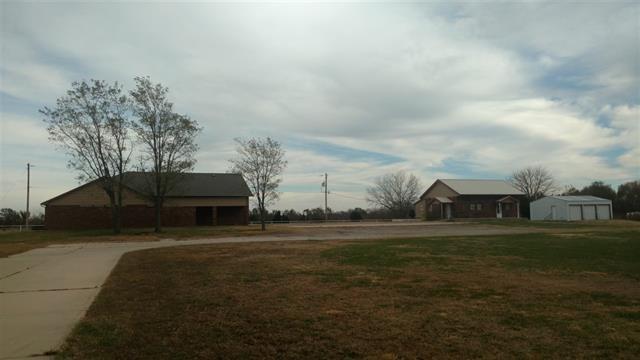 000 S Broadway Ave, Peck, KS 67120 (MLS #542868) :: Select Homes - Team Real Estate