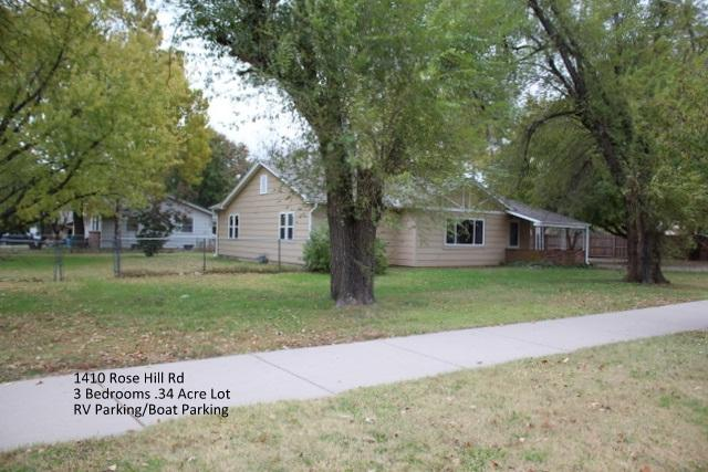 1410 N Rose Hill Rd, Rose Hill, KS 67133 (MLS #543576) :: Glaves Realty