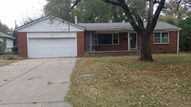 1144 Skelly St, El Dorado, KS 67042 (MLS #543712) :: Glaves Realty