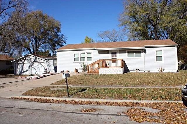 204 E Random Rd, El Dorado, KS 67042 (MLS #544064) :: Glaves Realty