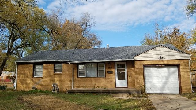 1104 E Luther St, Wichita, KS 67216 (MLS #544187) :: On The Move
